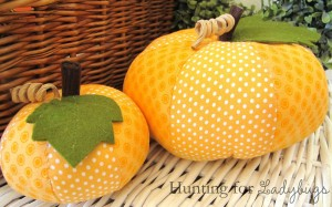DIY-Fabric-Pumpkins
